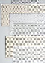 Perforace PVC lamel vertikálních žaluzií