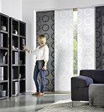 Oblíbená kombinace transparentní a polotransparentní japonské stěny