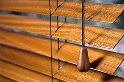 Přírodní vzhled dřevěné žaluzie