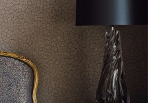 Zoffany 13 -wallpaper-cracked-earth-brown-luxurious-hallway-oblique-zoffany-style-library-detail-lighting